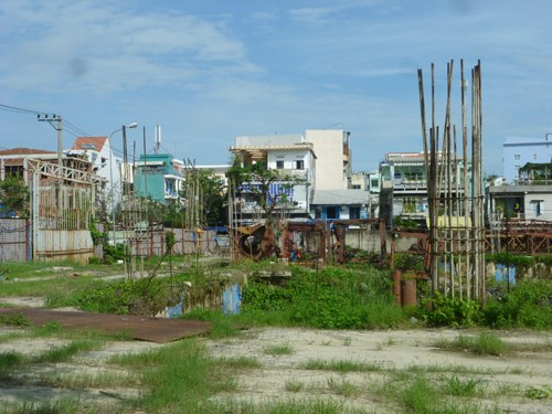 Nhà trong khu đất quy hoạch được phép xây mấy tầng ?